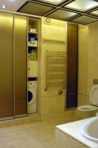 Шкаф купе в туалете